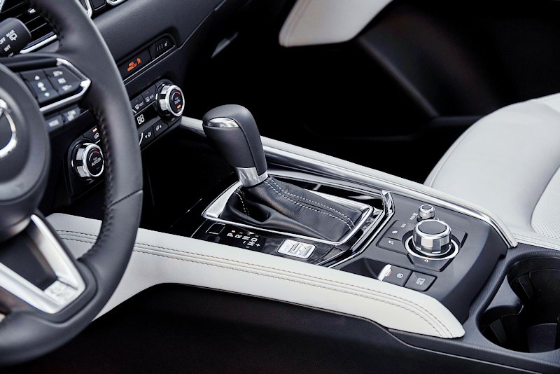 CX-5_2017_Interior_white-3.jpg